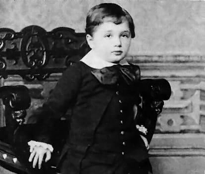 Albert Einstein bambino a 3 anni
